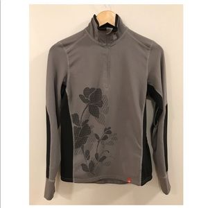 The North Face Vapor Wick Gray Sweater Shirt Small